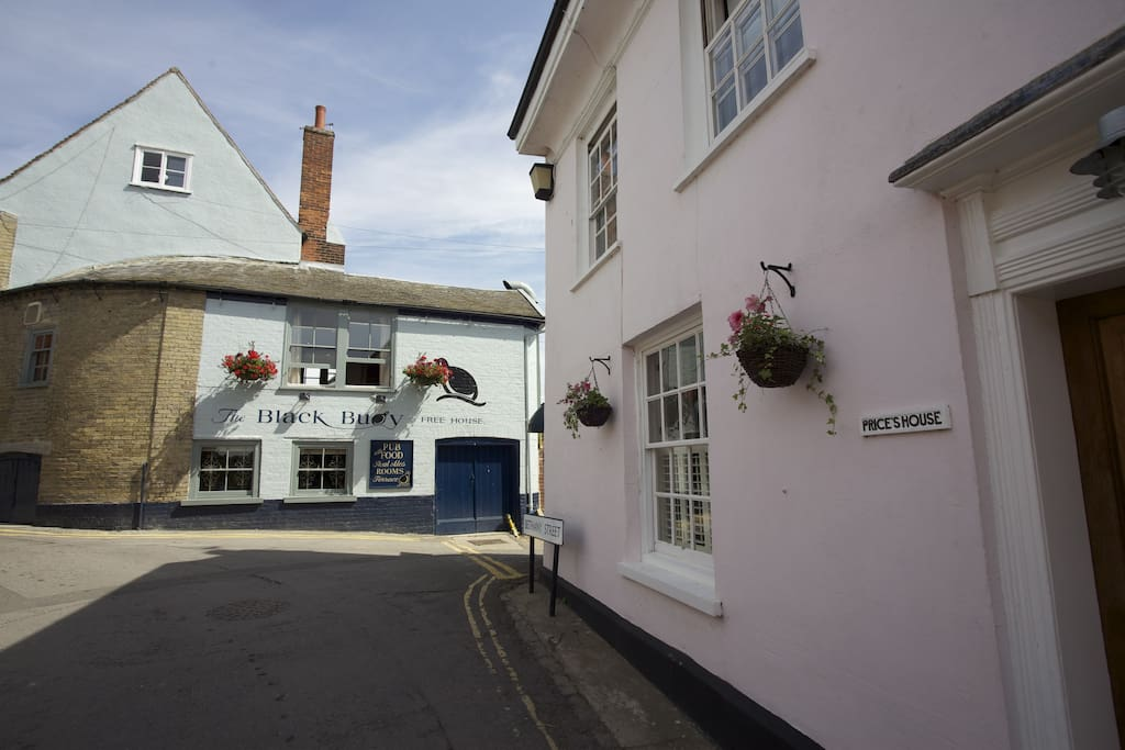 Located next to the award winning free house pub, The Black Buoy, owned by a local co-operative.