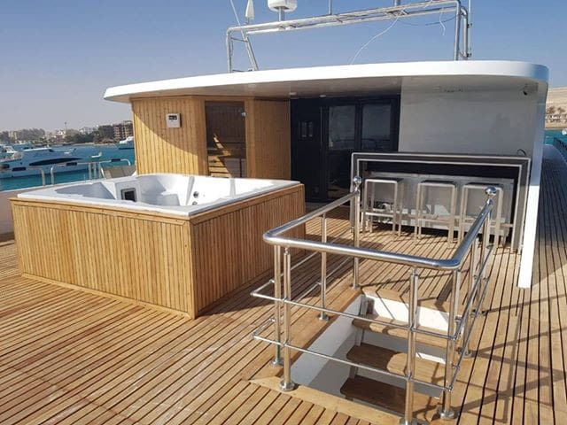 The most luxury cruiser in Red Sea: 7 stars