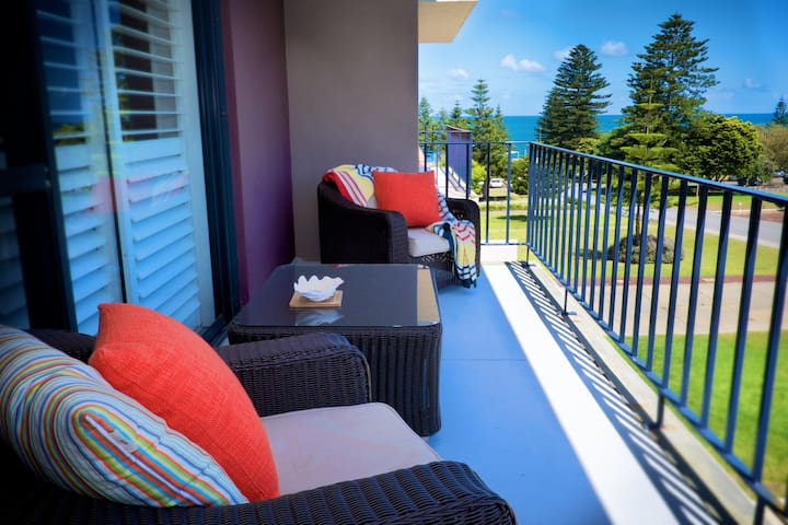 Cottesloe Parkside on the Beach EXECUTIVE ESCAPES