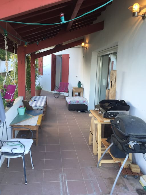 terrasse 1 barbecue/plancha