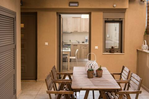 Caravel Apartments Stalis