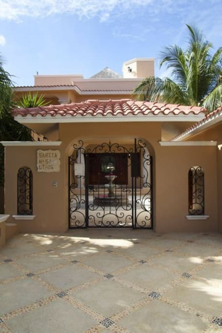 Sarita entrance