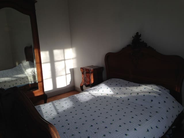 Bedroom for 2 ppl 20min from Calais - Ardres - Haus