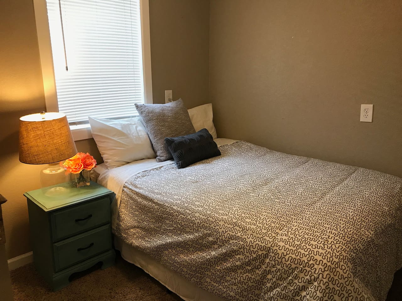Bedroom 1 - Full size bed