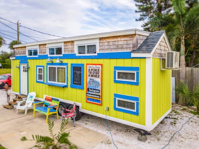 Margarita- unique Tiny House with Free WiFi