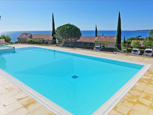 Joli appartement vue mer à 5 minutes de la plage - Sainte-Maxime - Apartment