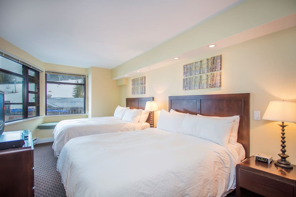 The two bedrooms can sleep up to 6 guests and have views that will energize and inspire.