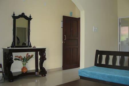 Fully furnished apt close to beach - Colvá - 公寓