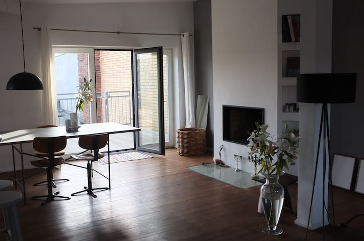 120 m2 premium apt w roof terrace - Berlin - Apartment