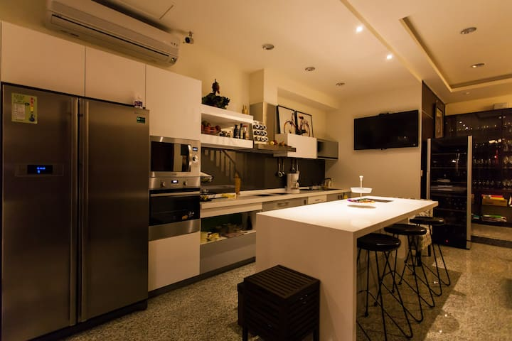 1F 廚房