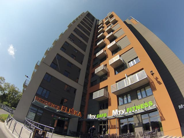 Clean New Flat - Subway - Monthly Rental
