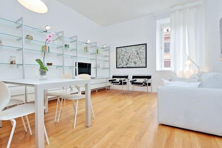 Sunny quiet Testaccio apartment - Apartmen