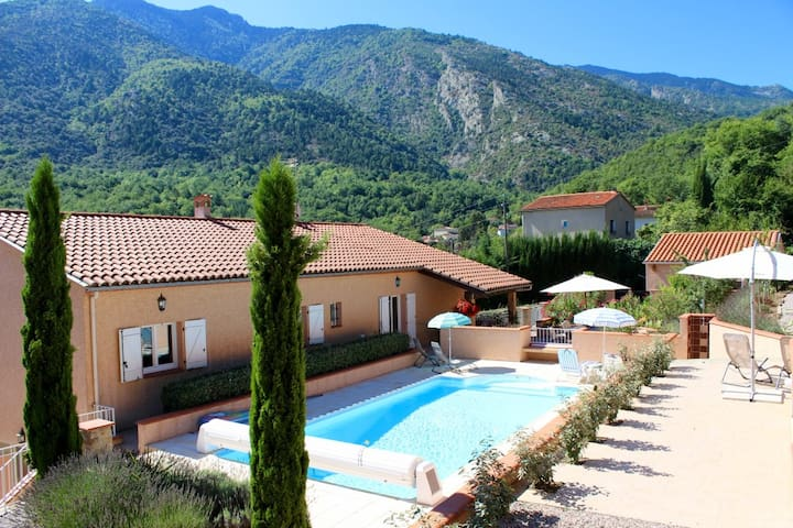 Acacias stylish garden apartment with pool, wifi - Clara - Apartment