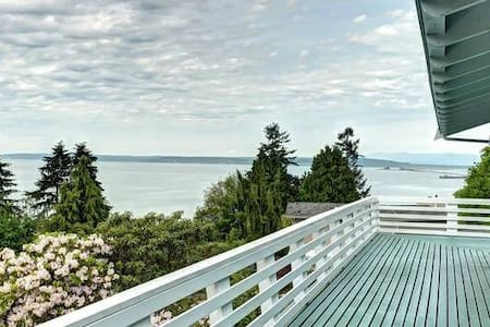 Huge Private and Ocean View House - Everett - Rumah