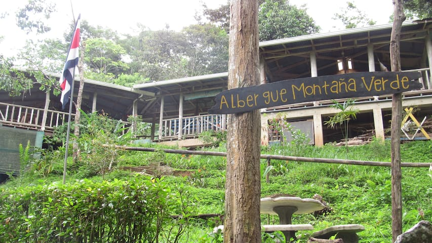 Hostel Montaña Verde