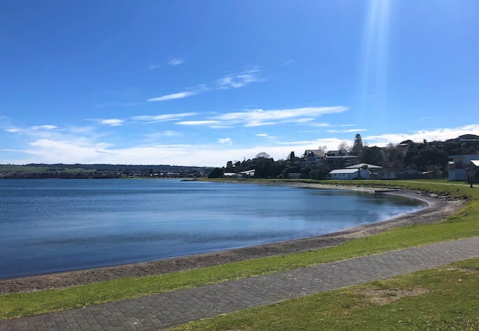 Walk out the gate to this! Take a stroll around the beautiful Lake Taupo.