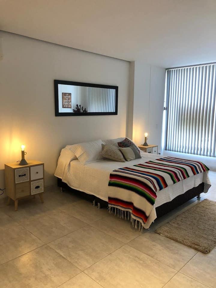 Exclusiva habitación + baño privado buena ubicació