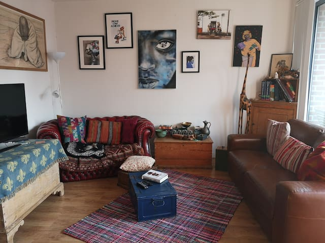 Cozy room in my quirky baltic triangle apartment