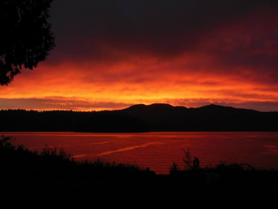Sunset in Sechelt Inlet…magical.