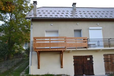 Appart 55 m2 dans hameau, 6 pers - Chorges