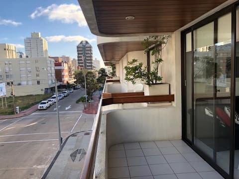 Hermoso Apartamento - próximo a Gorlero e Porto