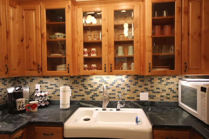 Beautiful, Accessible 1 Bedroom Apt - Seattle - Appartement