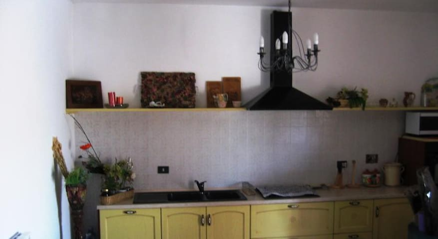 Bel appartamento spazioso - roma - Huis