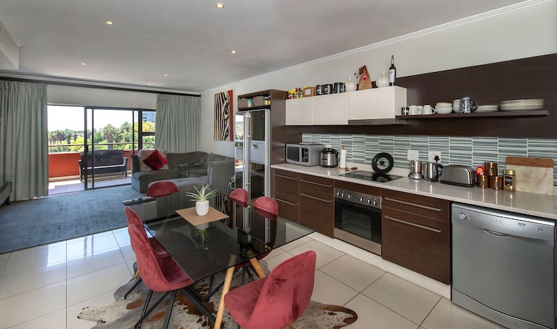 Luxurious and spacious boutique apartment