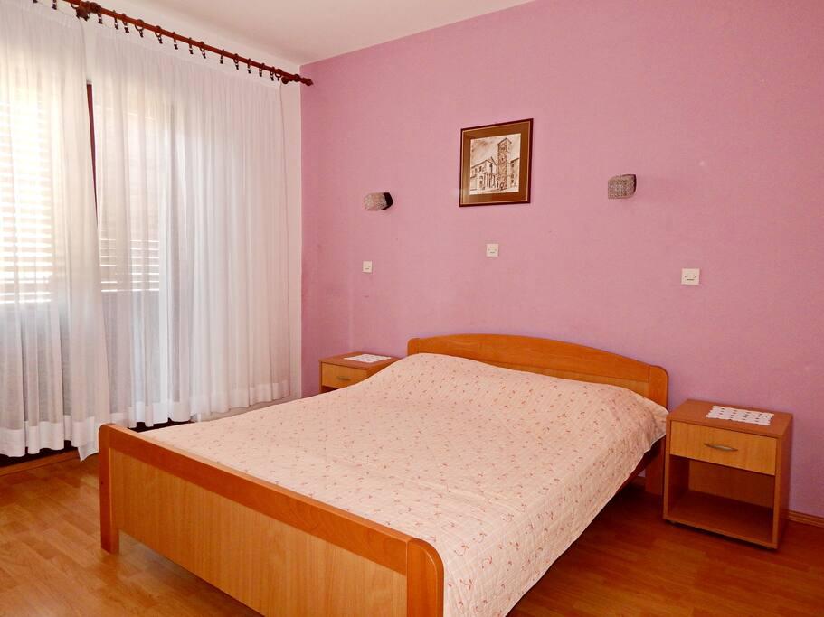 sleepingroom 1