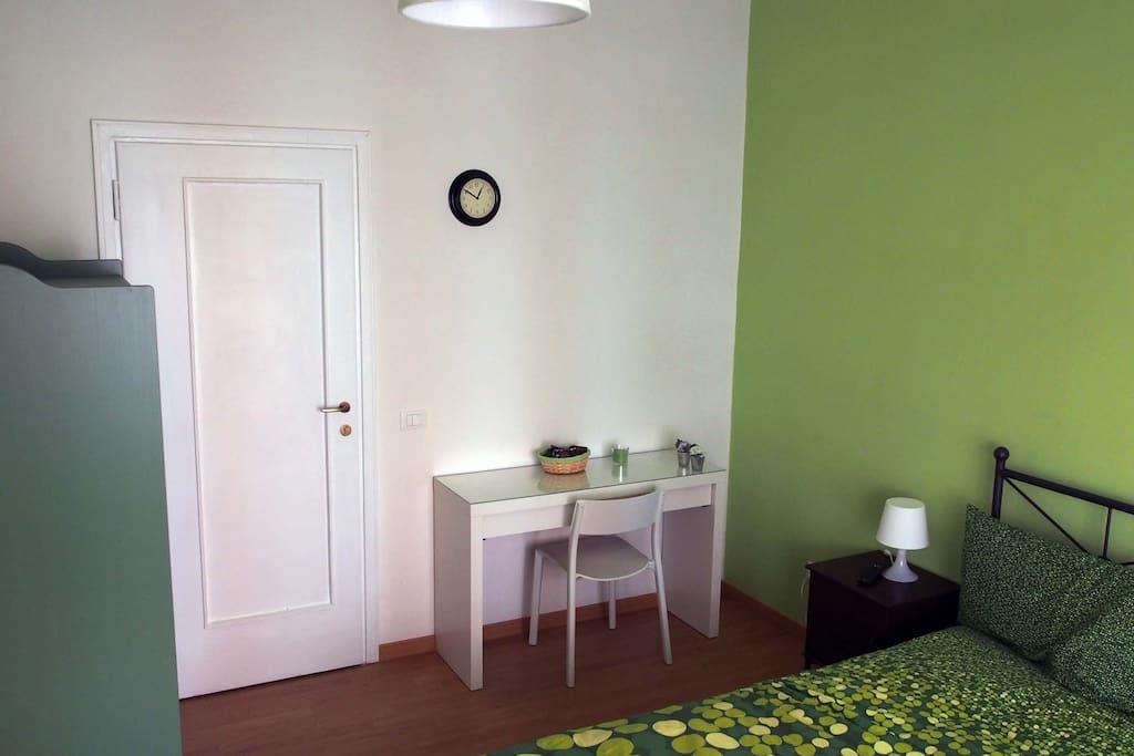 Green Room with balcony