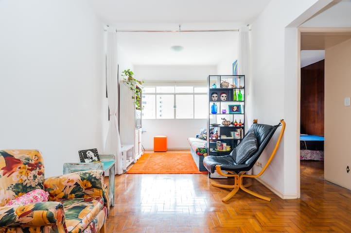 Apto todo/Whole place.Av. Paulista/RuaAugusta