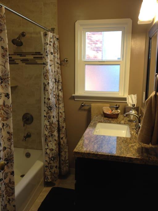 Newly remodeled full bath