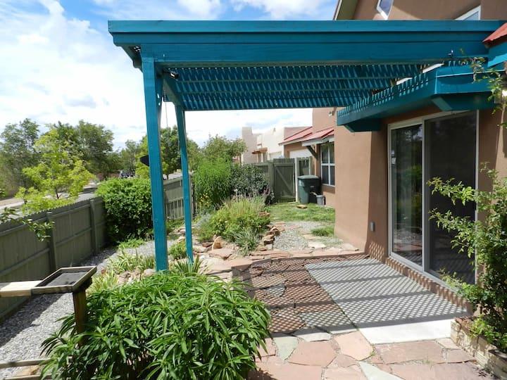 Lovely 3BD Santa Fe home