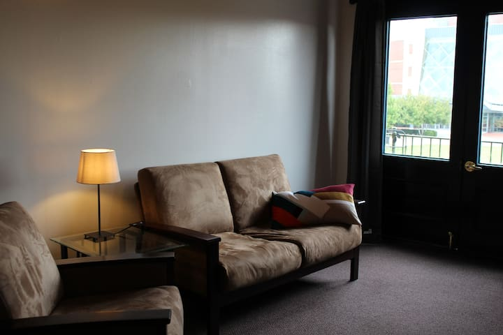 Market House Theatre Apartment A