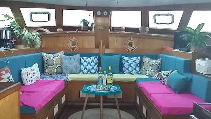 Cabine privée dans catamaran tout confort