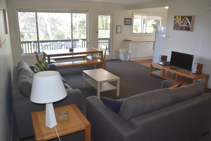 Saltwater 1 Apartment - Easy walk to Pambula Beach