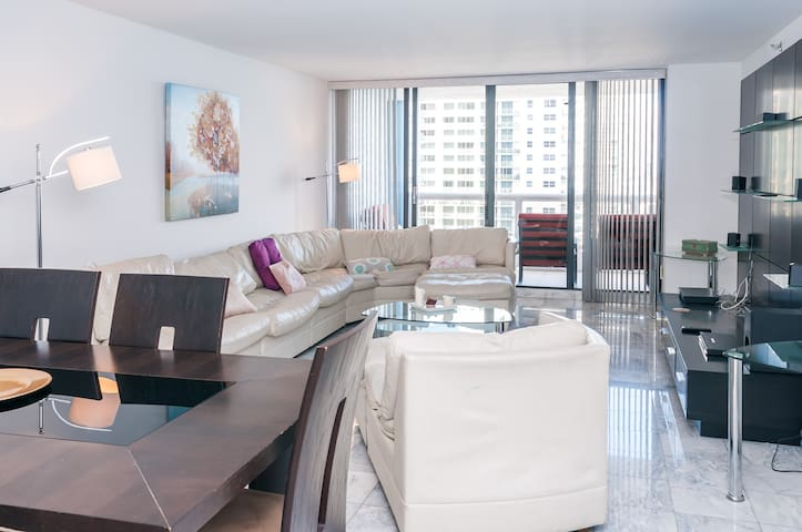 3548, great view in a beautiful 3/2 - Miami - Pis