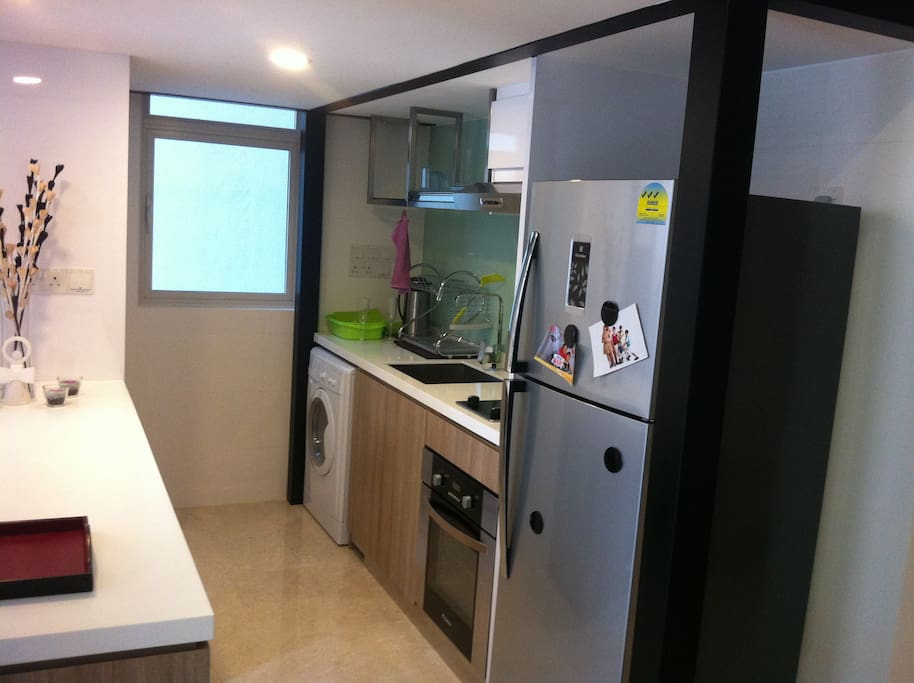 Modern Kitchen and Laundry Wash & Dryer