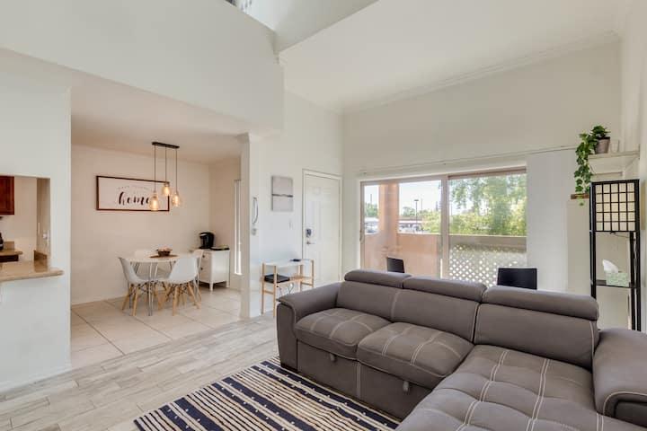 Modern Loft in the Heart of Old Town Scottsdale