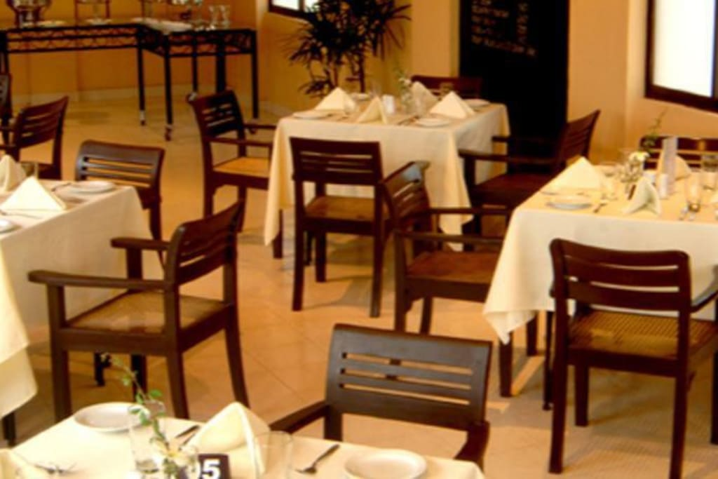Restaurant serving  Sri Lankan and international cuisine