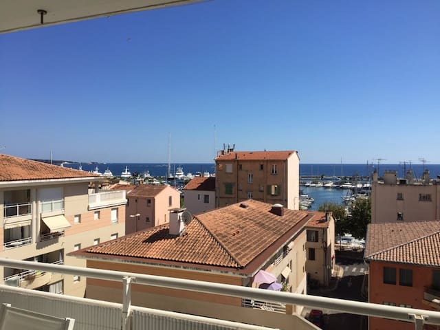 2 pièces belle vue mer - Vallauris - Apartamento