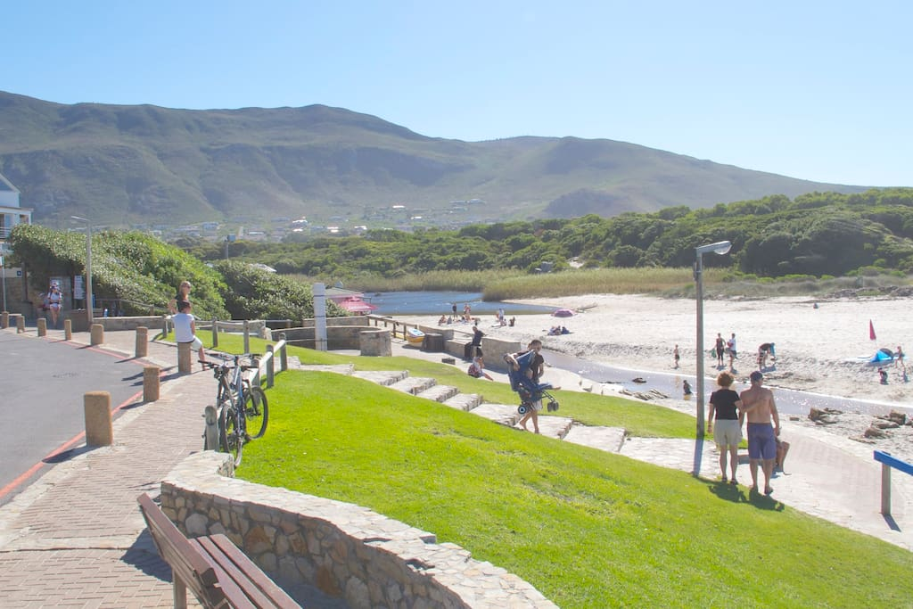 Onrus Beach with Milkwood Restaurant, Showers and Toilets.