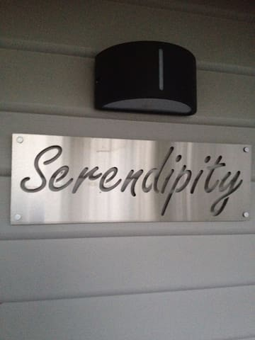 Serendipity in Silverleaves. Discover the magic of this property when you arrive.....