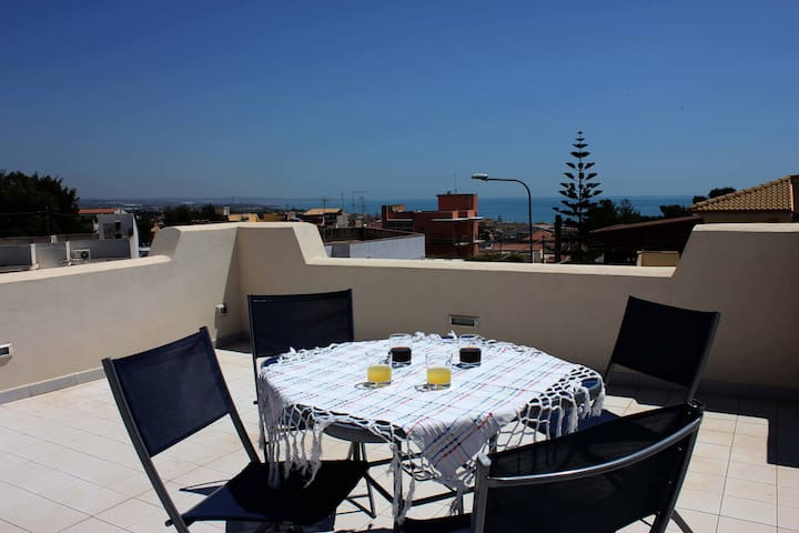 Villa Floridia,  just 300 m from the sea