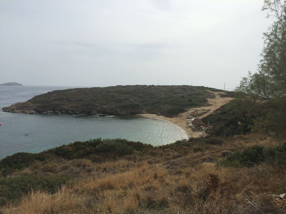 8 minutes walking to the nearest unspoiled beach