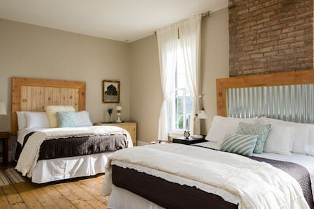 9 Private Rooms in Boutique Hotel - Atene - Bed & Breakfast