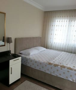 Lovely, Clean and Well Furnished - Kartal