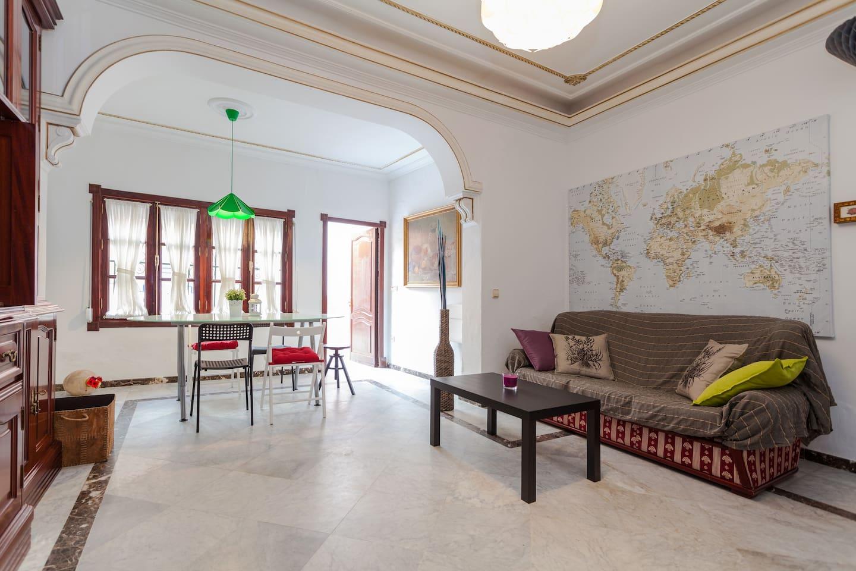 Living room : common area
