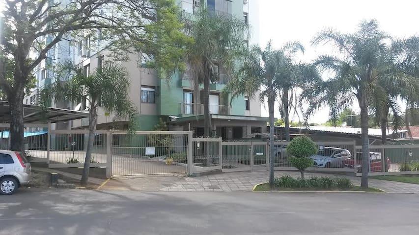 Apartamento central saida freeway - Cachoeirinha - Appartement