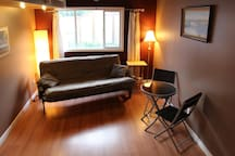 Central, Loft-Style Sweet Suite!